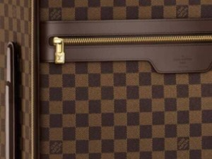louis-vuitton-pegase-damier-rolling-luggage