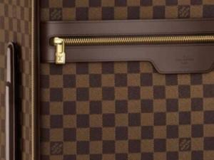 louis-vuitton-pegase-damier-rolling-luggage